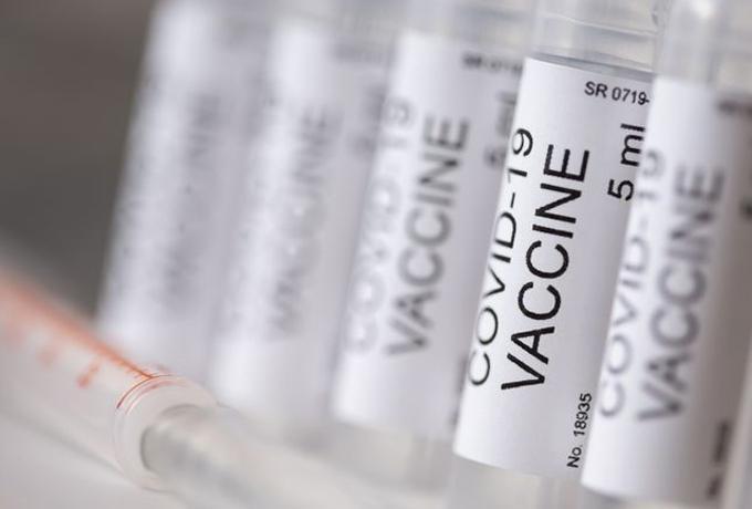 Cerita Bersin dan Efek Pegal Usai Disuntik Vaksin Sinovac