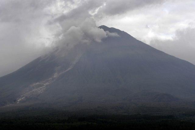 BPBD Kota Malang Yakini Dentuman Bukan dari Erupsi Semeru