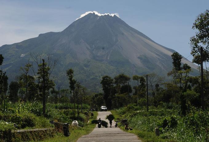 Arah Ancaman Erupsi Berubah, Kabupaten Magelang Tetapkan Siaga Darurat Merapi