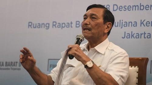 Luhut Ungkap Kematian Pasien Covid yang Sudah Divaksin di Jakarta Hanya 0,2%