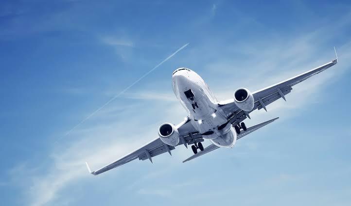 Kemenkes: Penumpang Pesawat Wajib Gunakan Aplikasi Pedulilindungi Untuk Cegah Bukti PCR dan Vaksinasi Palsu