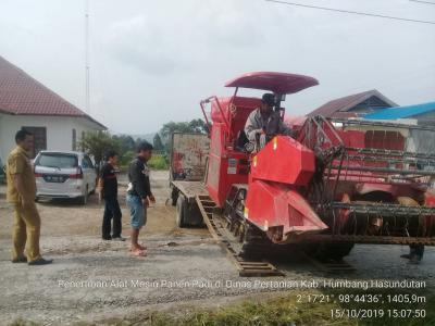 Lagi, Pemkab Humbahas Tarik 3 Unit  Alsintan dari Tanjung Balai
