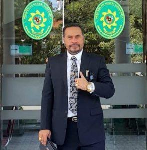 "Erles Rareral, SH, MH ""The Lawyer Fighter"" : Pejuang Rakyat & Pembela NKRI"