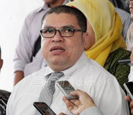 "Razman Nasution Ingin Jadi ""Pendekar Hukum"" Seumur Hidup"