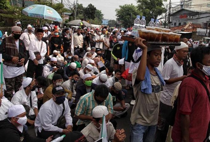 PDIP Kritik DKI Soal Kerumunan Rizieq Shihab