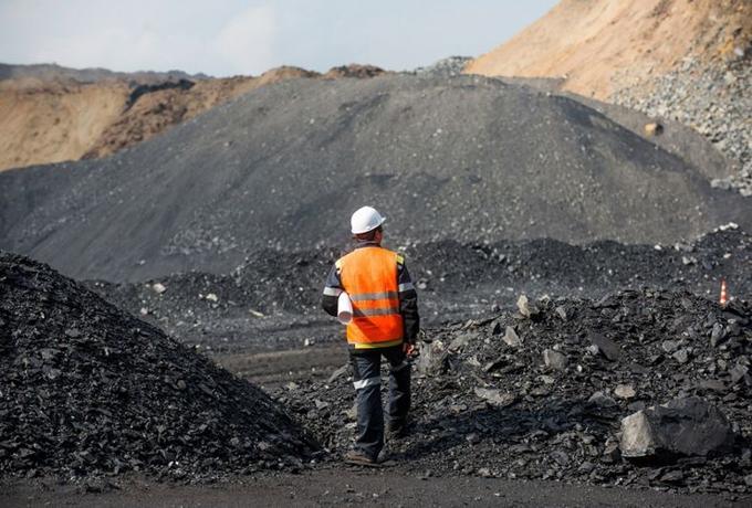 UU Minerba Berjalan, Mulai Hari Ini Ribuan Izin Pertambangan Diambil Alih Pemerintah Pusat